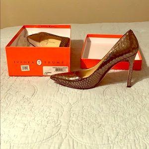 Ivanka Trump metallic snake skin heels